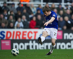 NEWCASTLE, ENGLAND - Saturday, March 5, 2011: Everton's Seamus Coleman shoots against Newcastle United during the Premiership match at St. James' Park. (Photo by David Rawcliffe/Propaganda)
