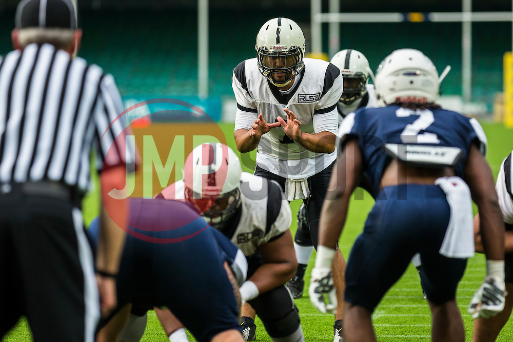 London Warriors quarter back in action - Mandatory by-line: Jason Brown/JMP - 27/08/2016 - AMERICAN FOOTBALL - Sixways Stadium - Worcester, England - London Warriors v London Blitz - BAFA Britbowl Finals Day