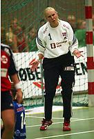 Håndball, 25. september 2002. Treningskamp, Norge - Jugoslavia 28-29. Heidi Tjugum Mørk, Norge.