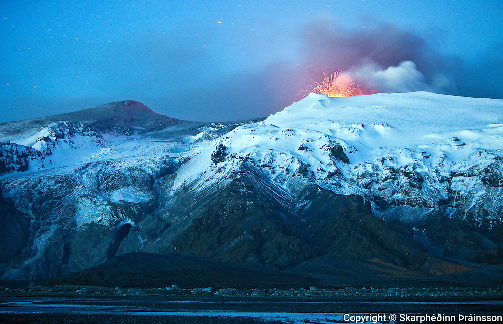 Erupting volcano in Eyjafjallajökull in April 2010, south Iceland