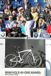 23.06.2015, Golfclub München Eichenried, Muenchen, GER, BMW International Golf Open, Show Event, im Bild Thorbjorn Olesen (DEN) schlaegt beim Show Event von der Tribuene ab // during the Show Event of BMW International Golf Open at the Golfclub München Eichenried in Muenchen, Germany on 2015/06/23. EXPA Pictures © 2015, PhotoCredit: EXPA/ Eibner-Pressefoto/ Kolbert<br /> <br /> *****ATTENTION - OUT of GER*****