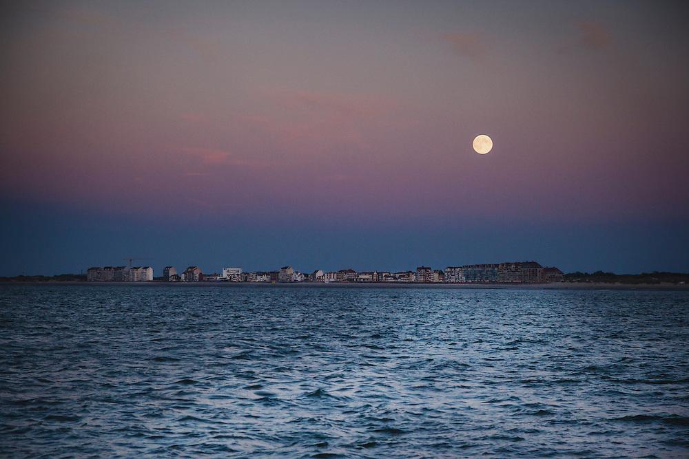 Moonrise above the Belgium Atlantic Coast taken from the Anne-Margareta.