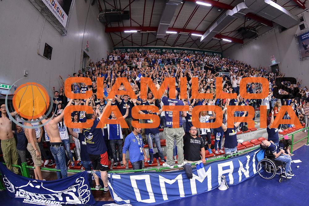 DESCRIZIONE : Campionato 2014/15 Dinamo Banco di Sardegna Sassari - Dolomiti Energia Aquila Trento Playoff Quarti di Finale Gara4<br /> GIOCATORE : Commando Ultra' Dinamo<br /> CATEGORIA : Ultras Tifosi Spettatori Pubblico<br /> SQUADRA : Dinamo Banco di Sardegna Sassari<br /> EVENTO : LegaBasket Serie A Beko 2014/2015 Playoff Quarti di Finale Gara4<br /> GARA : Dinamo Banco di Sardegna Sassari - Dolomiti Energia Aquila Trento Gara4<br /> DATA : 24/05/2015<br /> SPORT : Pallacanestro <br /> AUTORE : Agenzia Ciamillo-Castoria/L.Canu