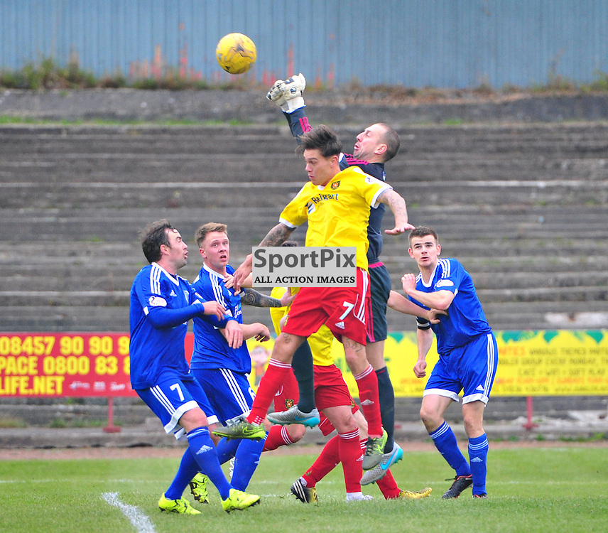 Graeme Smith the Peterhead keeper commands his area against Albion Rovers......(c) BILLY WHITE | SportPix.org.uk