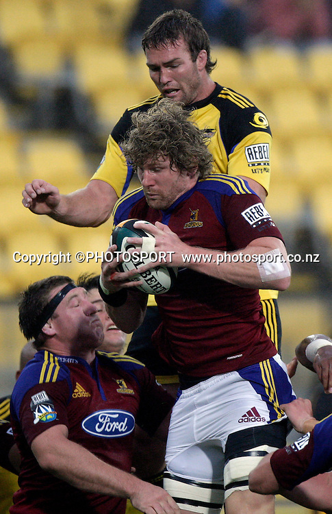 Adam Thomson Jason Eaton<br /> Super 14 rugby union match, Hurricanes v Highlanders, Westpac Stadium, Wellington, New Zealand. Friday 20 February 2009. Photo: Anthony Phelps/PHOTOSPORT