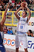 DESCRIZIONE : Cagliari Torneo Internazionale Sardegna a canestro Italia Inghilterra <br /> GIOCATORE : Luigi Datome <br /> SQUADRA : Nazionale Italia Uomini <br /> EVENTO : Raduno Collegiale Nazionale Maschile <br /> GARA : Italia Inghilterra Italy Great Britain <br /> DATA : 15/08/2008 <br /> CATEGORIA : Tiro <br /> SPORT : Pallacanestro <br /> AUTORE : Agenzia Ciamillo-Castoria/S.Silvestri <br /> Galleria : Fip Nazionali 2008 <br /> Fotonotizia : Cagliari Torneo Internazionale Sardegna a canestro Italia Inghilterra <br /> Predefinita :
