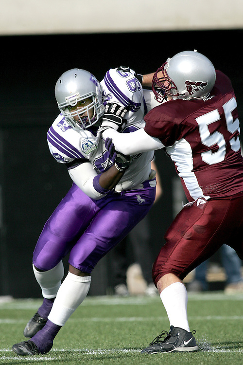 (3 November 2007 -- Ottawa) The University of Western Ontario Mustangs defeating the University of Ottawa Gee Gees lost to 16-23 in OUA football semi-final action in Ottawa. The University of Western Ontario Mustangs player pictured in action is Christopher Greaves