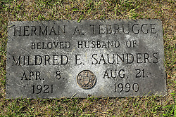 31 August 2017:   Veterans graves in Park Hill Cemetery in eastern McLean County.<br /> <br /> Herman A Tebrugge  Apr 8 1921 Aug 21 1990
