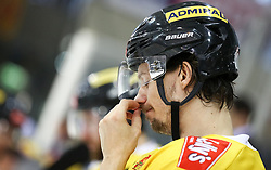 02.04.2019, Albert Schultz Halle, Wien, AUT, EBEL, Vienna Capitals vs EC Red Bull Salzburg, Halbfinale, 3. Spiel, im Bild Sondre Olden (Vienna Capitals) // during the Erste Bank Icehockey 3rd semifinal match between Vienna Capitals and EC Red Bull Salzburg at the Albert Schultz Halle in Wien, Austria on 2019/04/02. EXPA Pictures © 2019, PhotoCredit: EXPA/ Alexander Forst