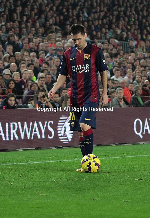 22.11.2014. Barcelona. Spain, La Liga football. Barcelona versus Sevilla. Lionel Messi sets up the free kick