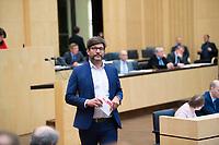 DEU, Deutschland, Germany, Berlin,22.09.2017: Berlins Justizsenator Dr. Dirk Behrendt (Grüne) nach einer Rede im Bundesrat.