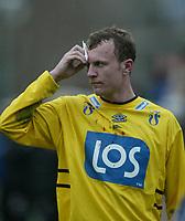 Fotball, 21. april 2002. Tippeligaen, Sogndal v  Start. Fosshaugane. Peben Gundersen, Start.