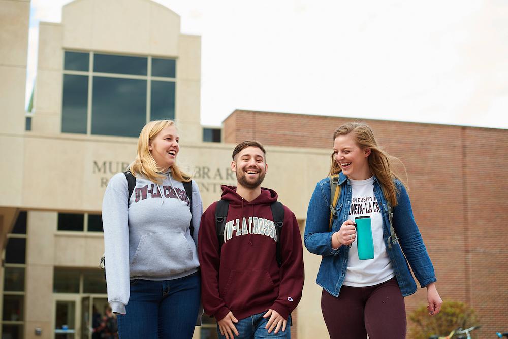 UWL UW-L UW-La Crosse University of Wisconsin-La Crosse; Activity; Studying; Buildings; Murphy Library; People; Student Students; Time/Weather; day; Winter; December; Type of Photography; Group; Candid; Woman Women; Man Men; Socializing; Walking