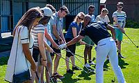AMSTERDAM  - NVG / NGF / Open Golfdagen / Golfclub Ookmeer .     kennismaken met golf. , met pro Vasco Tilon.   COPYRIGHT KOEN SUYK