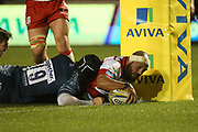 J Afoa scores for Gloucester during the Aviva Premiership match between Sale Sharks and Gloucester Rugby at the AJ Bell Stadium, Eccles, United Kingdom on 29 September 2017. Photo by George Franks.