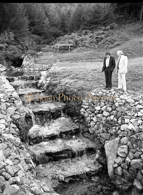 "The Carlingford Oyster Festival.1982.19.08.1982..08.19.1982.19th August 1982..Pictures and Images of the Carlingford Oyster Festival... The Minister For Fisheries and Forestry Mr Brendan Daly officially opened  The Carlingford Oyster Festival. The Chairman of the organising committee was Mr. Joe McKevitt..""The Oyster Pearl"" was Ms Deirdre McGrath..The Minister takes in the local sites."