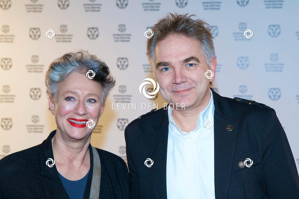 ROTTERDAM - In Theater De Goede Doelen is de 44ste International Film Festival Rotterdam geopend. Diversen genodigden en internationale sterren waren hierbij aanwezig. Met hier op de foto