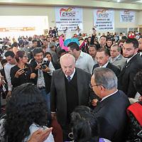 TOLUCA, Mexico.- Onesimo Cepeda Silva durante el acto de adhesión de Sindicatos y organizaciones a la Confederación Revolucionaria Obrero Campesina (CROC). Agencia MVT / Mario Vazquez de la Torre.