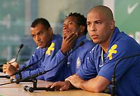 Cafu, Se Roberto und Ronaldo waehrend der Pressekonferenz. © Urs Bucher/EQ Images