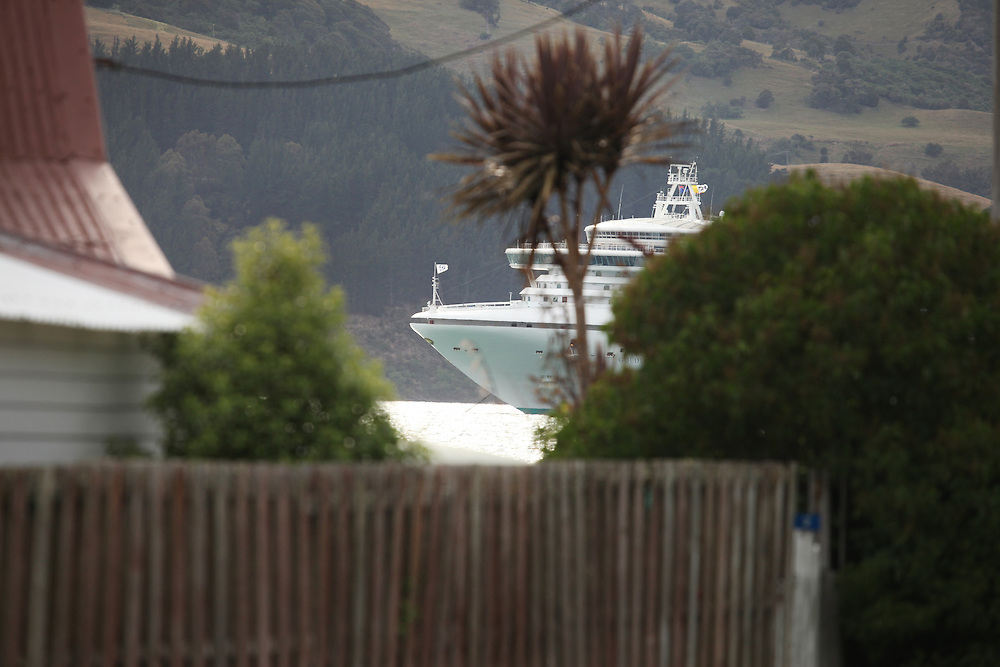 Cruise Ship the Golden Princess anchored in Akaroa Harbour and viewed from Wainui, New Zealand, Friday, 15 January, 2016.  Credit: SNPA / Pam Carmichael