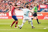 Atletico de Madrid's Saul and Celta de Vigo's Hugo Mallo during La Liga Match at Vicente Calderon Stadium in Madrid. May 14, 2016. (ALTERPHOTOS/BorjaB.Hojas)