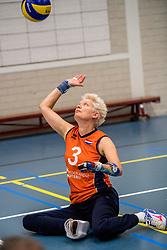 22-09-2017 NED: Training zitvolleybalsters Oranje 2017-2018, Leersum<br /> Nederland bereidt zich voor op het komende EK zitvolleybal / Djoke van Marum #3
