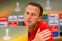 ALKMAAR - 21-10-2015, Persconferentie AZ - FC Augsburg, AFAS Stadion, AZ trainer John van den Brom.