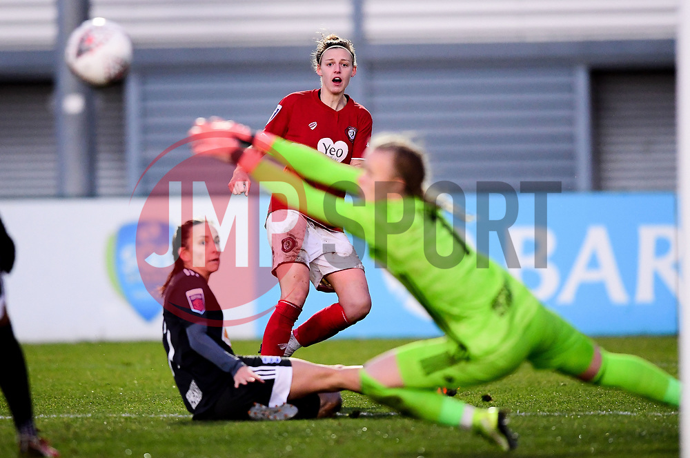 Yana Daniels of Bristol City - Mandatory by-line: Ryan Hiscott/JMP - 08/12/2019 - FOOTBALL - Stoke Gifford Stadium - Bristol, England - Bristol City Women v Birmingham City Women - Barclays FA Women's Super League
