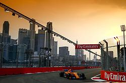 September 15, 2018 - Singapore, Singapore - Motorsports: FIA Formula One World Championship 2018, Grand Prix of Singapore, .#14 Fernando Alonso (ESP, McLaren F1 Team) (Credit Image: © Hoch Zwei via ZUMA Wire)