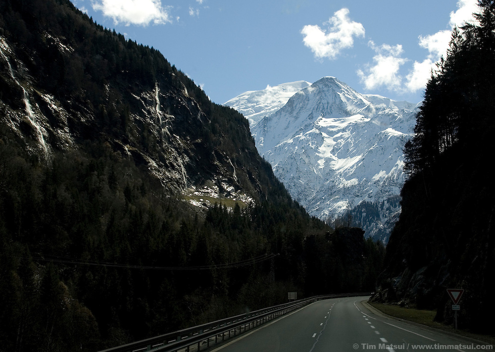 Bus trip from Geneva to Chamonix.