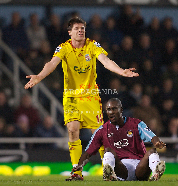 London, England - Tuesday, January 30, 2007: Liverpool's Xabi Alonso during the Premiership match against West Ham United at Upton Park. (Pic by David Rawcliffe/Propaganda)