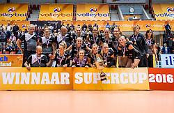 02-10-2016 NED: Supercup VC Sneek - Eurosped, Doetinchem<br /> Eurosped wint de Supercup door Sneek met 3-0 te verslaan / Een blije Eurosped dat de Supercup wint