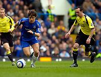 Photo: Alan Crowhurst.<br />Chelsea v Manchester City. The Barclays Premiership. 25/03/2006. Joe Cole attacks for Chelsea.