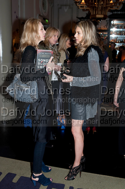 ALLEGRA HICKS; SUE WHITLEY; KIM HERSOV;, Henry Porter hosts a launch for Songs of Blood and Sword by Fatima Bhutto. The Artesian at the Langham London. Portland Place. 15 April 2010. *** Local Caption *** -DO NOT ARCHIVE-© Copyright Photograph by Dafydd Jones. 248 Clapham Rd. London SW9 0PZ. Tel 0207 820 0771. www.dafjones.com.<br /> ALLEGRA HICKS; SUE WHITLEY; KIM HERSOV;, Henry Porter hosts a launch for Songs of Blood and Sword by Fatima Bhutto. The Artesian at the Langham London. Portland Place. 15 April 2010.