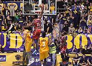 DESCRIZIONE : Torino Auxilium Manital Torino Giorgio Tesi Group Pistoia<br /> GIOCATORE : Eric Lombardi<br /> CATEGORIA : schiacciata controcampo<br /> SQUADRA : Giorgio Tesi Group Pistoia<br /> EVENTO : Campionato Lega A 2015-2016<br /> GARA : Auxilium Manital Torino Giorgio Tesi Group Pistoia<br /> DATA : 07/12/2015 <br /> SPORT : Pallacanestro <br /> AUTORE : Agenzia Ciamillo-Castoria/R.Morgano<br /> Galleria : Lega Basket A 2015-2016<br /> Fotonotizia : Torino Auxilium Manital Torino Giorgio Tesi Group Pistoia<br /> Predefinita :