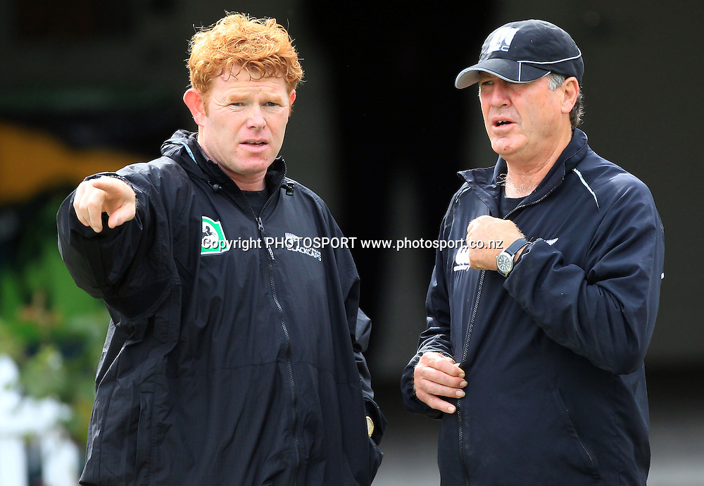 James Pamment and John Wright. New Zealand Black Caps v Pakistan, Match 2. Twenty 20 Cricket match at Seddon Park, Hamilton, New Zealand. Tuesday 28 December 2010. Photo: Andrew Cornaga/photosport.co.nz