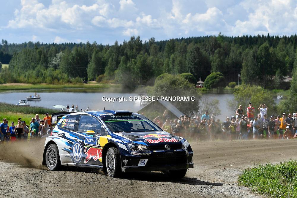 Andreas Mikkelsen (NOR)/Jaeger Synnevag(NOR)-Volkswagen Polo WRC