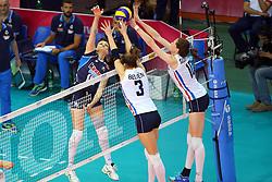 18-06-2016 ITA: World Grand Prix Italie - Nederland, Bari<br /> Nederland wint opnieuw van Italie, het ging moeizaam maar de 3-1 winst was genoeg / Antonella Del Core #15 of Italie, Yvon Belien #3, Lonneke Sloetjes #10<br /> <br /> <br /> ***NETHERLANDS ONLY***