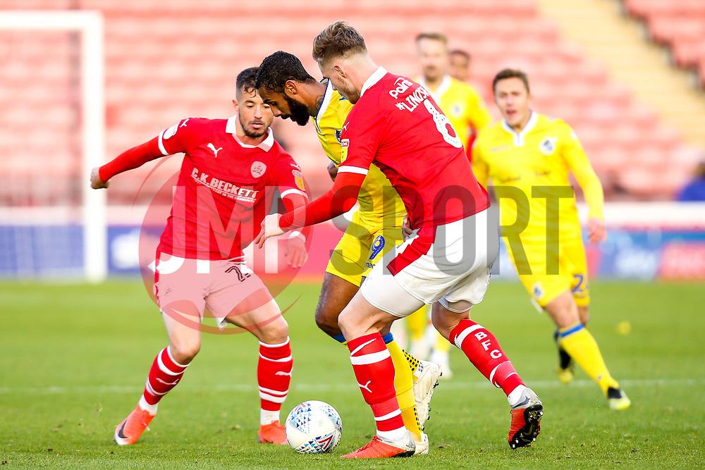 Stefan Payne of Bristol Rovers takes on Liam Lindsay of Barnsley - Mandatory by-line: Robbie Stephenson/JMP - 27/10/2018 - FOOTBALL - Oakwell Stadium - Barnsley, England - Barnsley v Bristol Rovers - Sky Bet League One