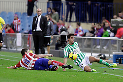 27.10.2013, Estadio Vicente Calderon, Madrid, ESP, Primera Division, Atletico Madrid vs Real Betis, 10. Runde, im Bild Atletico de Madrid's Koke (L) and Real Betis Didac (R) // Atletico de Madrid's Koke (L) and Real Betis Didac (R) during the Spanish Primera Division 10th round match between Club Atletico de Madrid and Real Betis at the Estadio Vicente Calderon in Madrid, Spain on 2013/10/28. EXPA Pictures © 2013, PhotoCredit: EXPA/ Alterphotos/ Victor Blanco<br /> <br /> *****ATTENTION - OUT of ESP, SUI*****