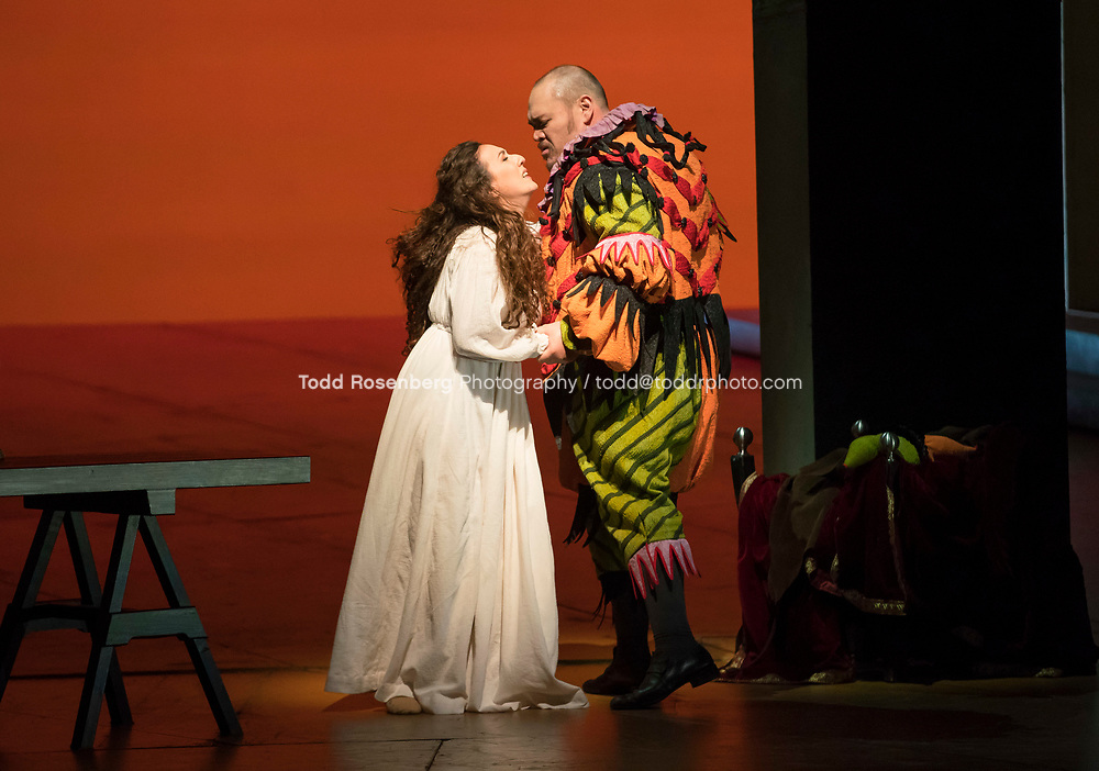 10/4/17 2:59:06 PM -- Lyric Opera Chicago Presents <br /> Giuseppe Verdi's Rigoletto <br /> <br /> &copy; Todd Rosenberg Photography 2017