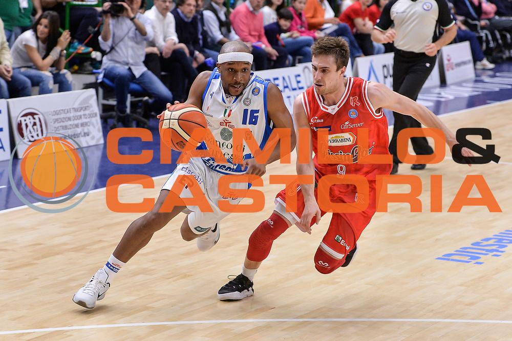 DESCRIZIONE : Beko Legabasket Serie A 2015- 2016 Playoff Quarti di Finale Gara3 Dinamo Banco di Sardegna Sassari - Grissin Bon Reggio Emilia<br /> GIOCATORE : Josh Akognon<br /> CATEGORIA : Palleggio Penetrazione<br /> SQUADRA : Dinamo Banco di Sardegna Sassari<br /> EVENTO : Beko Legabasket Serie A 2015-2016 Playoff<br /> GARA : Quarti di Finale Gara3 Dinamo Banco di Sardegna Sassari - Grissin Bon Reggio Emilia<br /> DATA : 11/05/2016<br /> SPORT : Pallacanestro <br /> AUTORE : Agenzia Ciamillo-Castoria/L.Canu