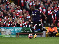 West Ham's Enner Valencia in action during the FA Cup fourth round match between Bristol City and West Ham United at Ashton Gate on 25 January 2015 in Bristol, England - Photo mandatory by-line: Paul Knight/JMP - Mobile: 07966 386802 - 25/01/2015 - SPORT - Football - Bristol - Ashton Gate - Bristol City v West Ham United - FA Cup fourth round
