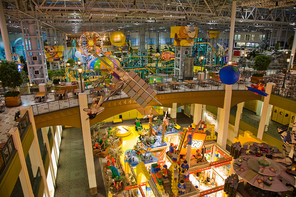 The amusement area and part of one of the food courts of the Mall of America. The Mall of America is the largest among some 50,000 shopping malls in the United States. In addition to a huge amusement park, it houses over 500 stores, 26 fast-food outlets, 37 specialty food stores, and 19 sit-down restaurants, and employs more than 11,000 year-round employees. In excess of 40 million people visit the mall annually, and more than half a billion have visited since it opened in 1992.