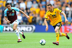 Jack Cork of Burnley chases down Diogo Jota of Wolverhampton Wanderers- Mandatory by-line: Nizaam Jones/JMP- 16/09/2018 - FOOTBALL - Molineux - Wolverhampton, England - Wolverhampton Wanderers v Burnley - Premier League