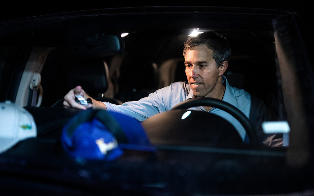 Democratic 2020 presidential candidate Beto O'Rourke, 46, leaves a meet and greet event during a three day road trip across Iowa, in Dubuque, Iowa, U.S., March 16, 2019.  REUTERS/Ben Brewer