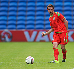 CARDIFF, WALES - Friday, June 5, 2015: Wales' Joe Allen during a practice match at the Cardiff City Stadium ahead of the UEFA Euro 2016 Qualifying Round Group B match against Belgium. (Pic by David Rawcliffe/Propaganda)