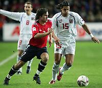 Fotball<br /> Play off VM 2006<br /> 12.11.2005<br /> Norge v Tsjekkia / Norway v Czech Republic 0-1<br /> Foto: Morten Olsen, Digitalsport<br /> <br /> Kristofer Hæstad - Start and Milan Baros - Aston Villa