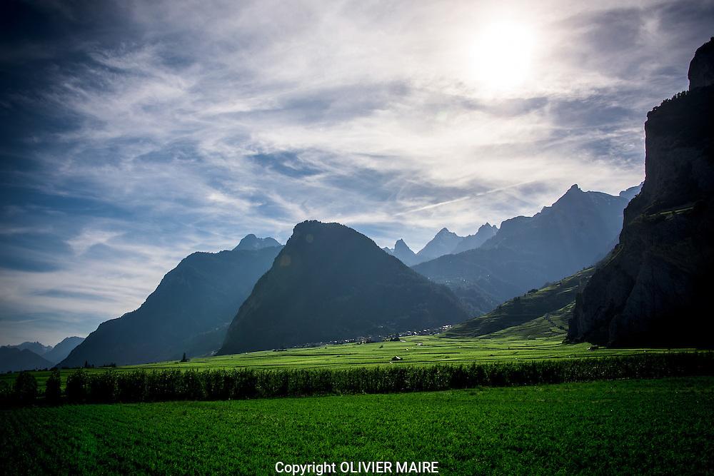 juillet 2015<br /> c&ocirc;ne d'alluvions de Chamoso et ses vignes.<br /> Vins, raisin, vigne, viticulture, montagne, Alpes. Valais, Mur. (PHOTO-GENIC.CH/ OLIVIER MAIRE)