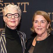 NLD/Amsterdam/20181023 -  Film premiere De Dirigent, Carry Slee en partner Elles van den Berg